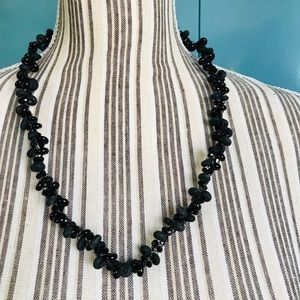 Jewelry - New Museum Hand made Bead Necklace